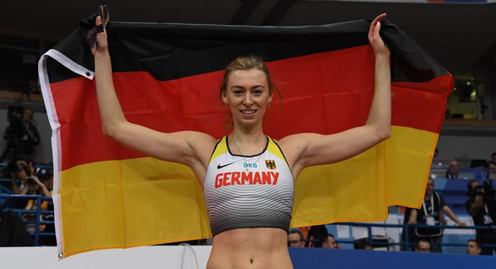 Lisa Ryzih Holt Mit Bestleistung Die Nachste Silbermedaille Leichtathletik De